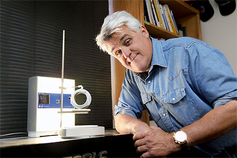 jay-leno-and-his-nextengine-3d-scanner_100183649_m